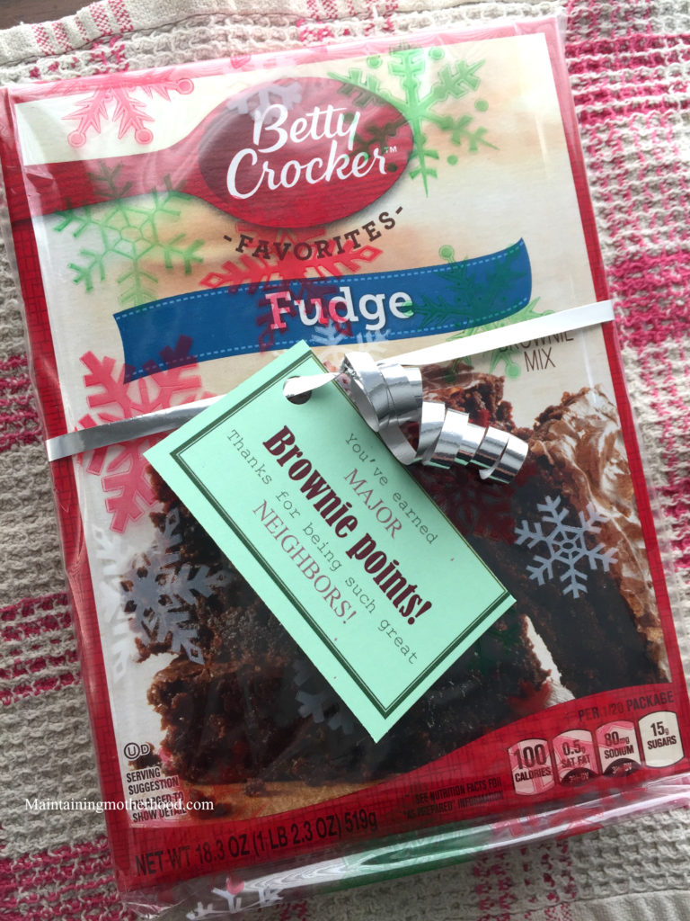 Still looking for the perfect neighborhood Christmas gift for this year? Here is a fun idea for under $1 (and a roundup of more ideas!)