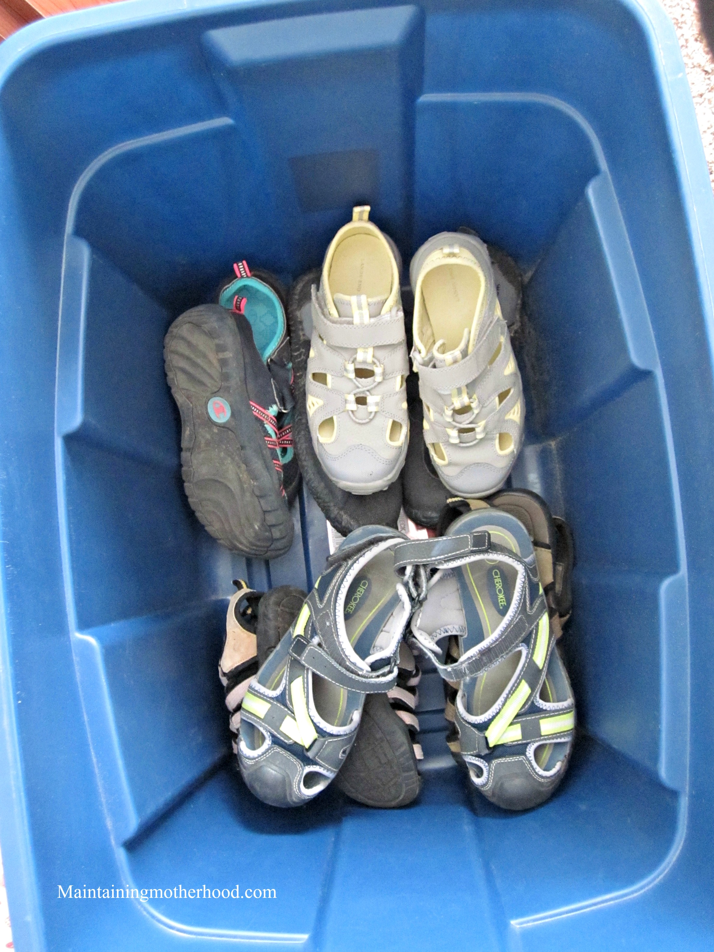 Kids growing out of shoes again? Stock up when shoes are on sale and keep an inventory. Never buy shoes full price with this easy kid shoe organization.