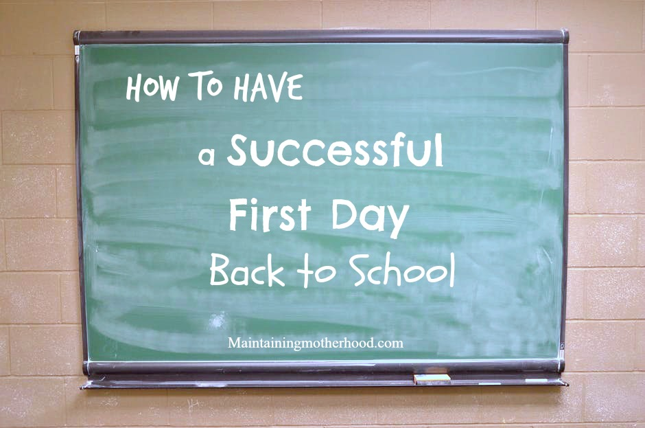 Are you looking for ways on how to have a Successful First Day Back to School? Here are 5 tips to help you keep things simple and stress free!